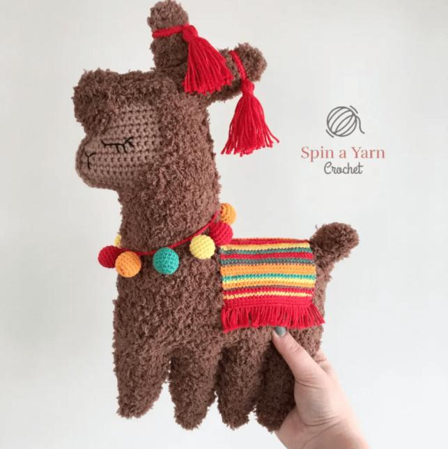 spin a yarn crochet lama brown