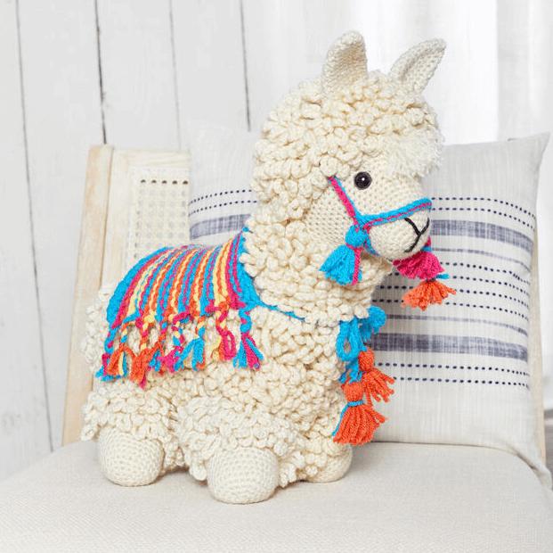 yarnspirations free lama crochet pattern